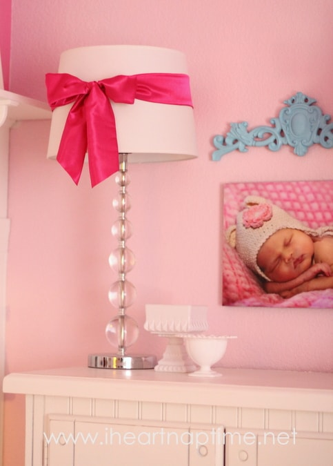 Pretty satin bows lamp shade