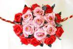 Букет из конфет роз – Букет из конфет «Розы в корзине» своими руками. Мастер-класс с пошаговыми фото